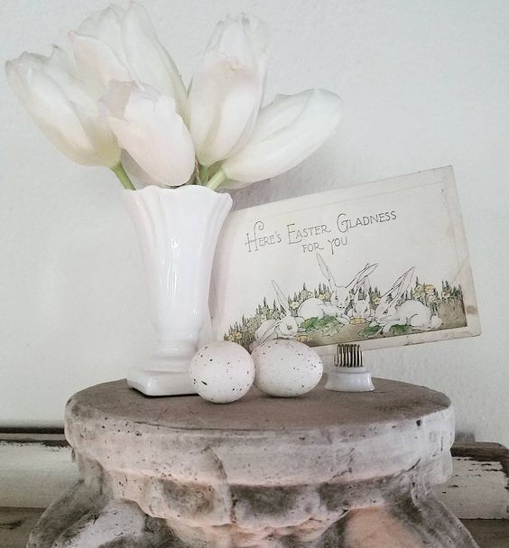Brocante French Shabby Chic Easter vignette Ideas for decorating with white for Easter