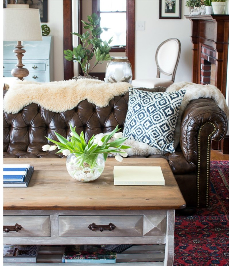 chesterfield sofa living room unpainted woodwork