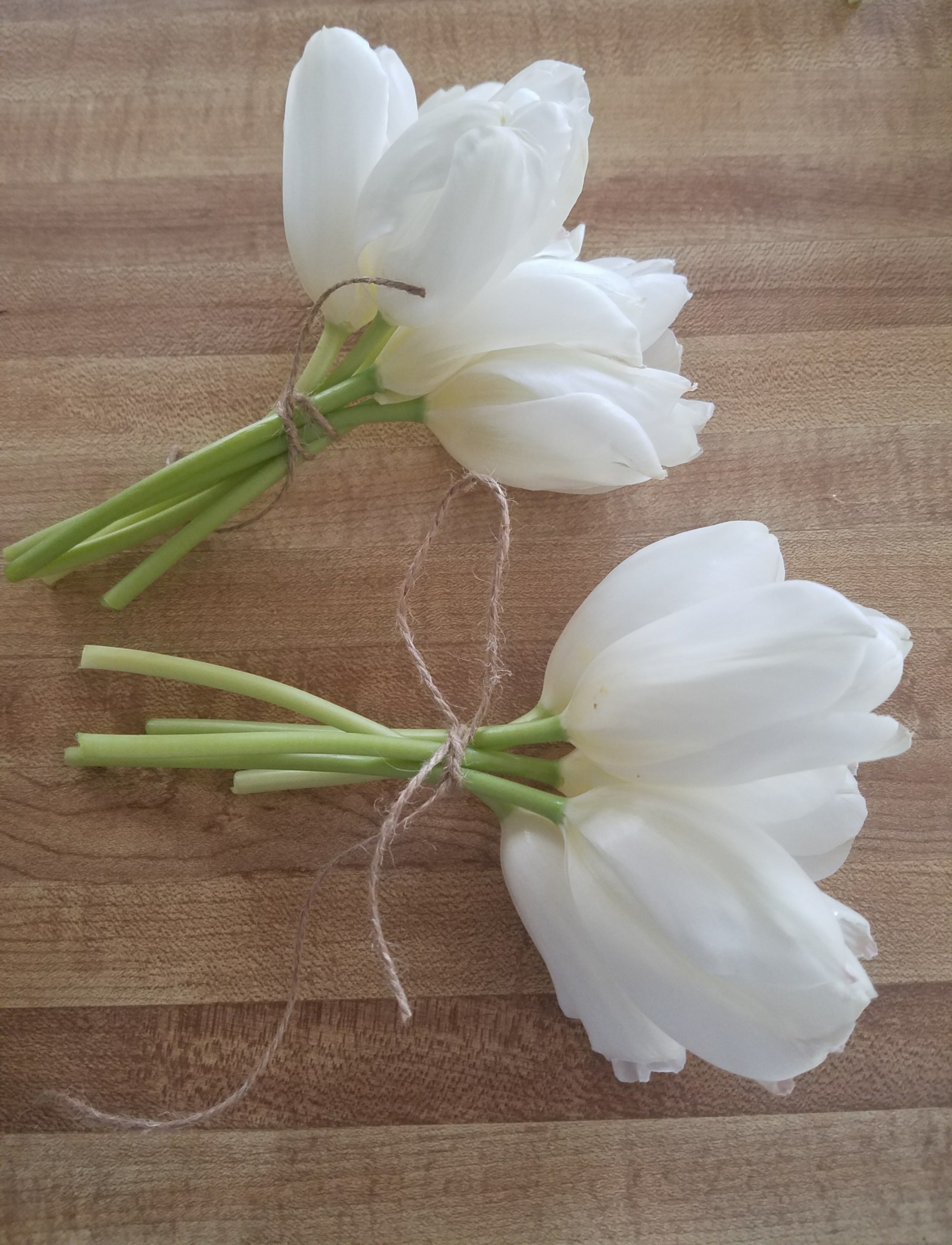 Enjoy tulips longer by making small bouquets