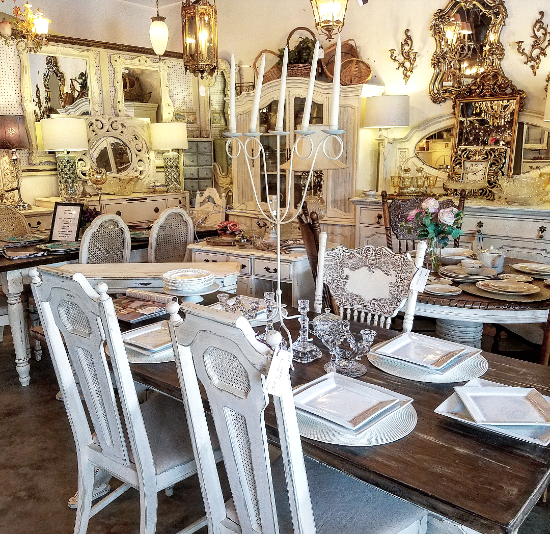 Beautiful antiques shop display booth display dining room shabby chic vintage brocante farm table white chairs