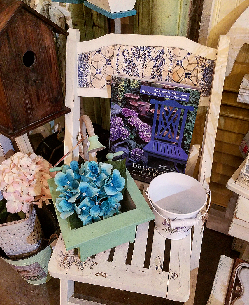 French Country Garden Style Decor