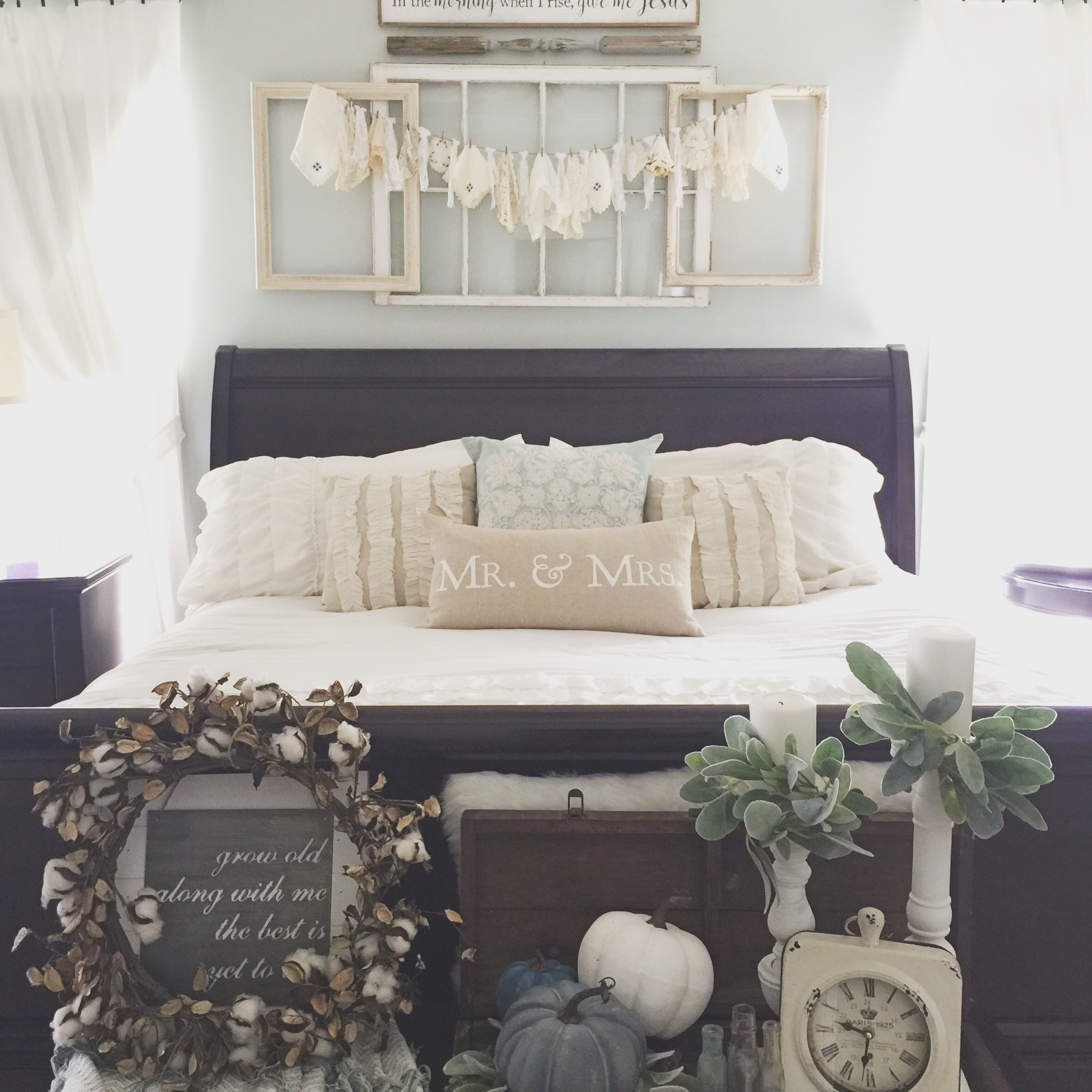 Fall bedroom decorating ideas cottage bedroom fall farmhouse decorating ideas bedroom neutral fall bedroom