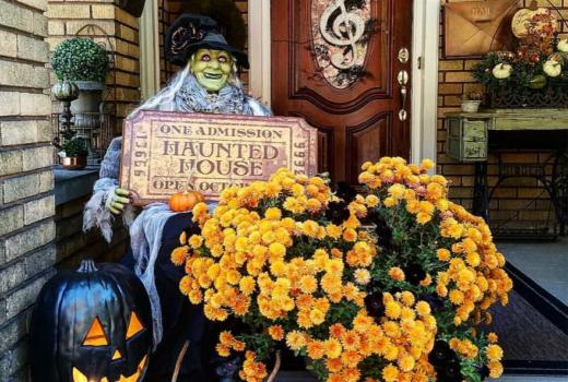 Gorgeous Halloween Porch Ideas