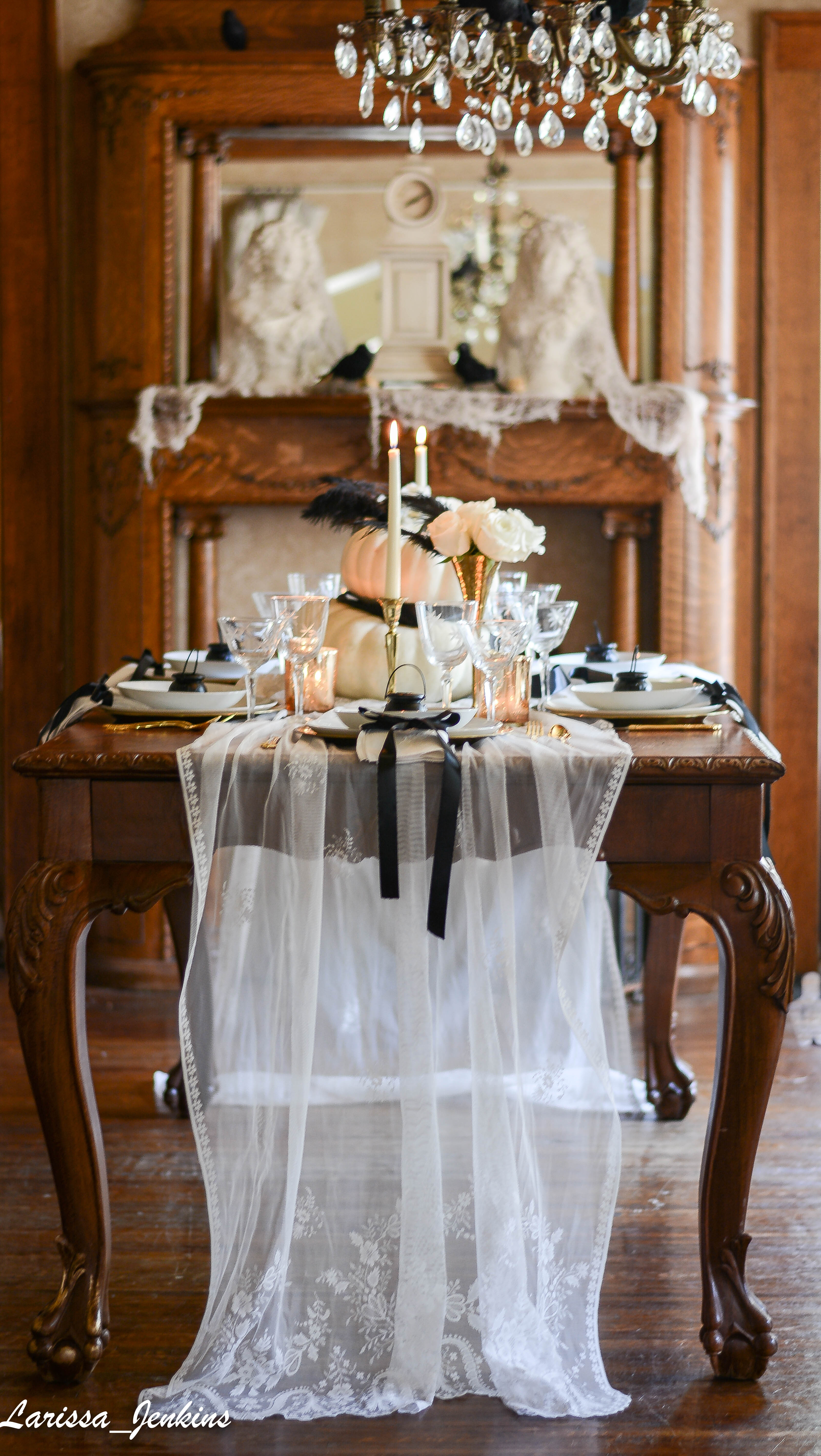 Gorgeous Halloween Dining Table