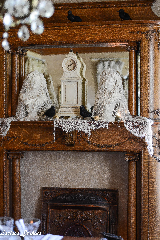 Mantel Halloween Decor Crows and Creepy Cloth