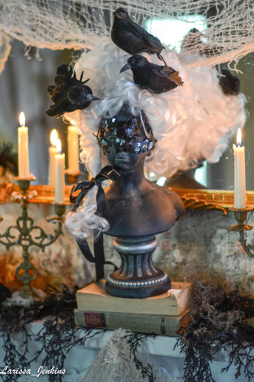 Marie Antoinette Halloween Bust