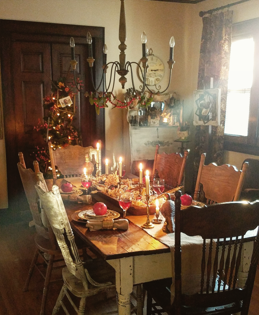 Elegant Thanksgiving tablescape elegant cottage farmhouse vintage style