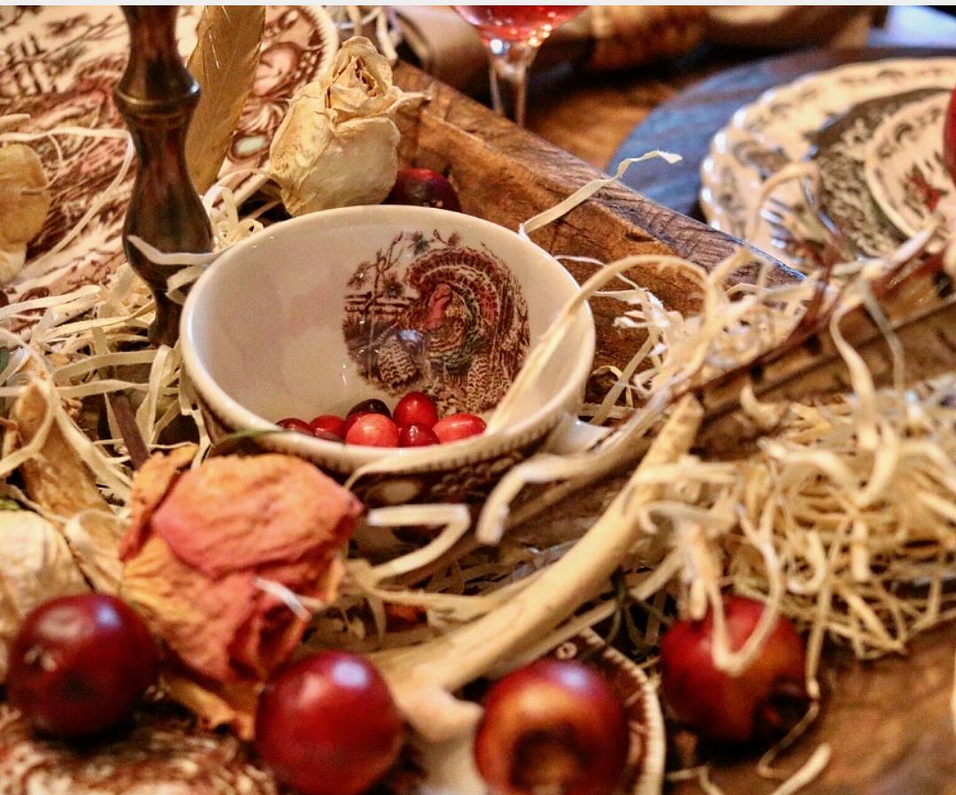 Unique Ideas For Thanksgiving table decor Thanksgiving tablescape ideas