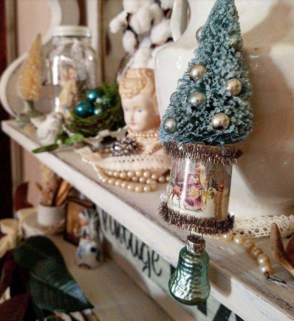 Beautiful teal Christmas decor