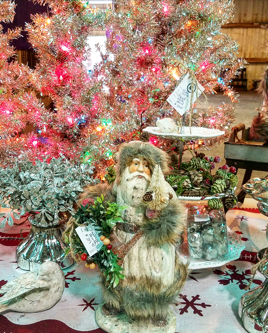 Shabby Chic Christmas display at Vintage Market Days