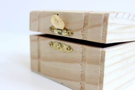 Moving Day Tips small wooden box for valuables