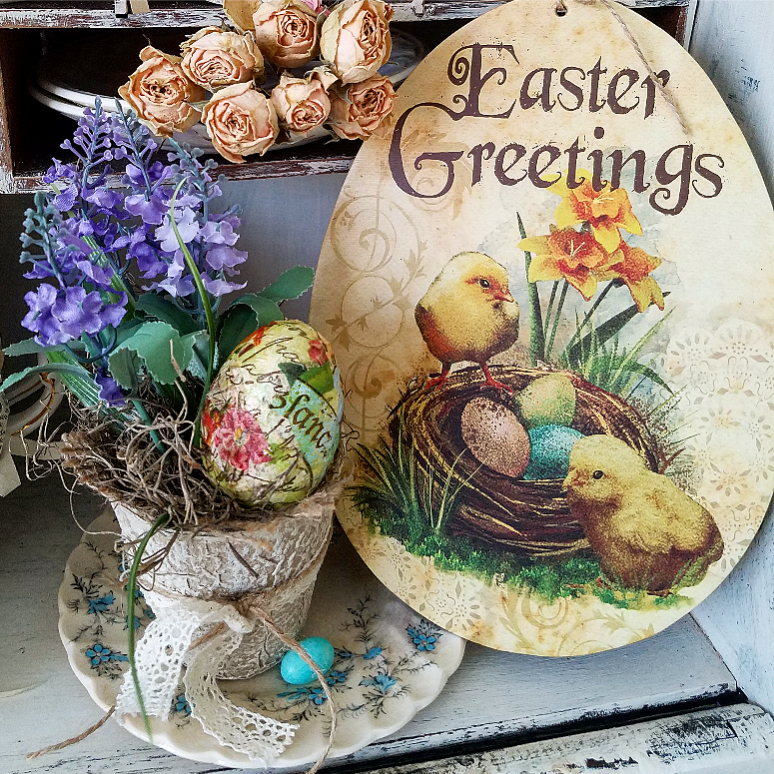 Vintage Easter Greetings Easter Peat Pot decoupage egg