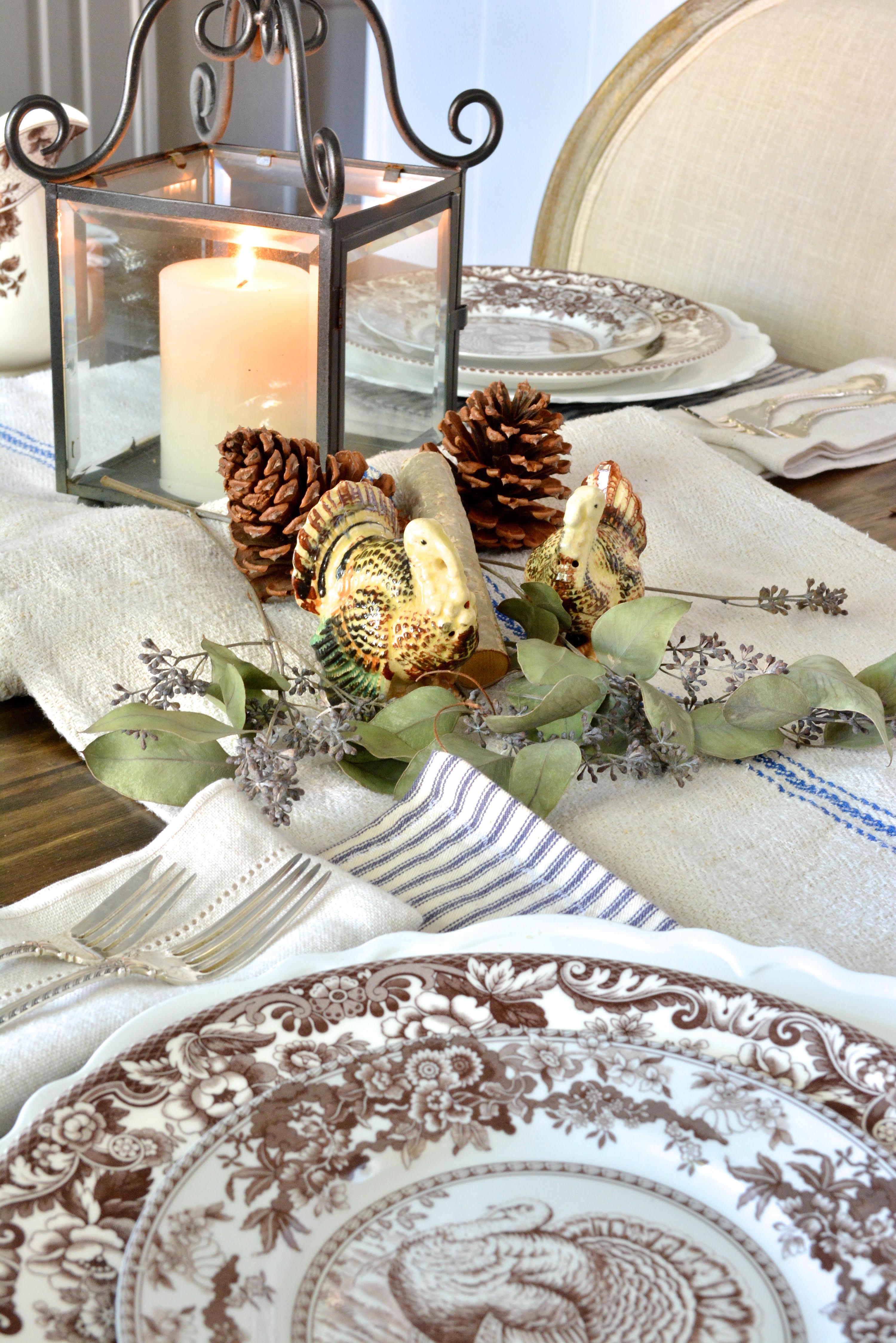 Thanksgiving Tablescape vintage