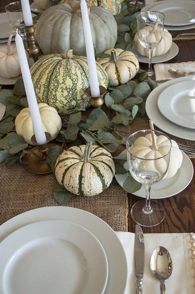 Farmhouse Thanksgiving Tablescape