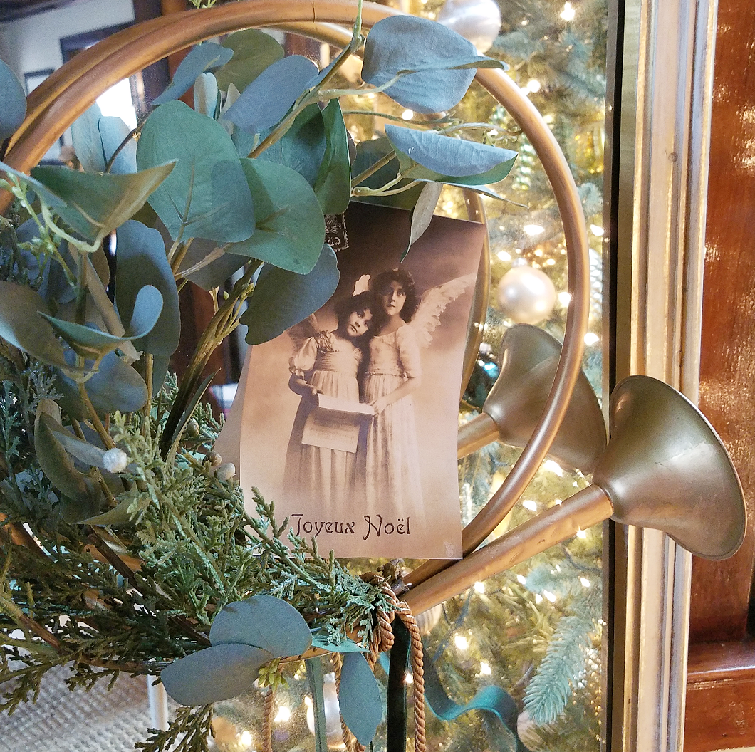 Vintage Joyeux Noel Postcard Printable Christmas Hunting horn wreath