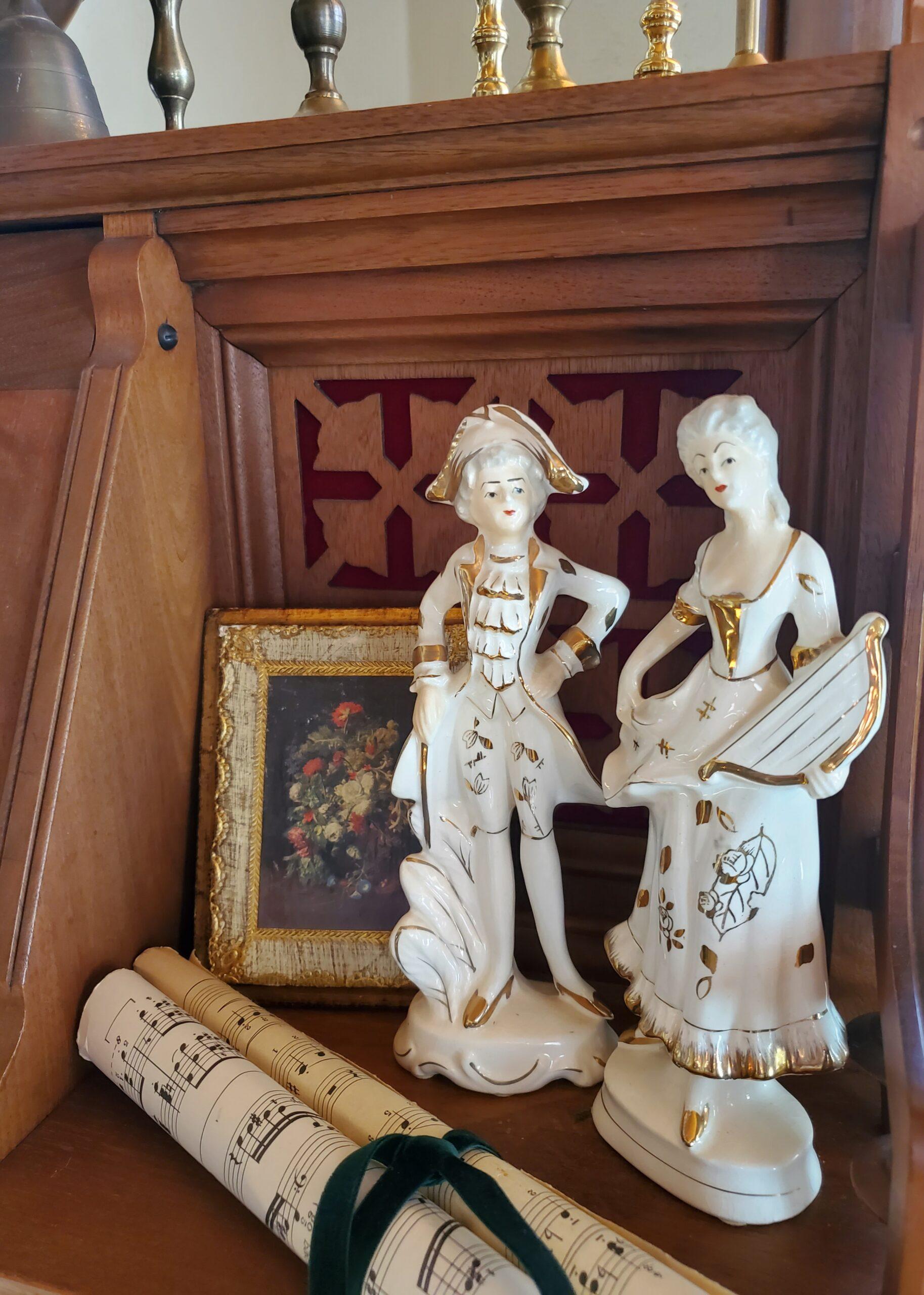 vintge porcelain figures musical figurines porcelain