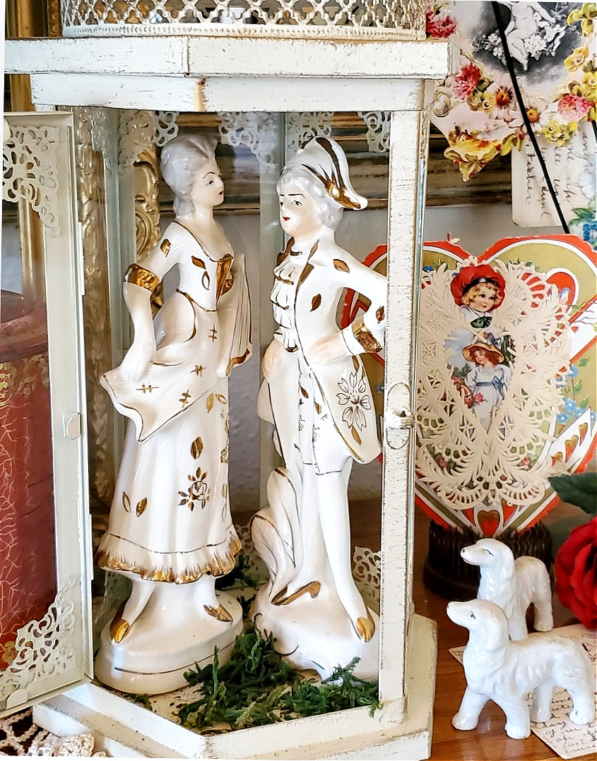 Baroque French Couple Porcelain Figurines Japan